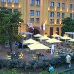 vista del restaurante en la zona exterior
