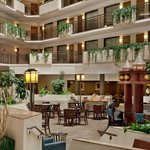Photo de Embassy Suites by Hilton Kansas City-Overland Park