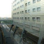 Visão do hotel sobre a estação.