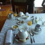 Breakfast in the parlor. Look at this pic. Need I say more?