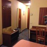 Room 413