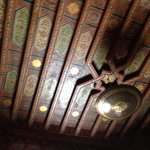 Le magnifique plafond du salon marocain