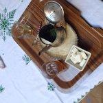 Le thé servi par Mounir