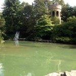 castle/lake