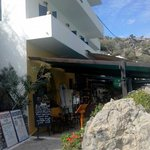loutro hotel side view