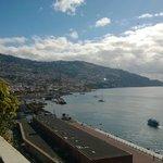 Vista de Funchal desde la piscina
