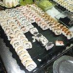 cena oriental en comedor buffet