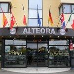 Devanture de l'hôtel ALTEORA