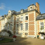 Chateau from front