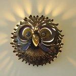 Um mimo da sala de convivência - uma lamparina em forma de coruja