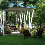B&B gazebo and BBQ