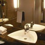 Nice bathroom and toiletries