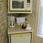 Premier Suite--microwave, refrigerator & coffee/tea pot