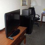 tv and fridge and stove