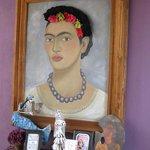 lots of  Frida art