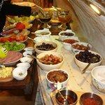 Buffett Breakfast table