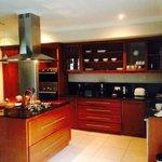 oasis villa kitchen