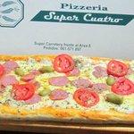 Pizza de Medio Metro