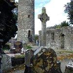 Torre e croce celtica nord