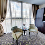 Foto de Golden Tulip Victoria - Bucharest