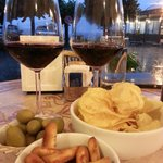 Enjoy italian wine @ italy Lake Como