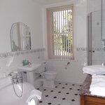 Premier double with large ensuite toilet, corner bath and shower