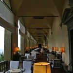 indoor outdoor dinning room