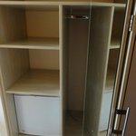 Frigobar e armários novos