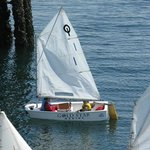 Sailing lessons for young people in progress
