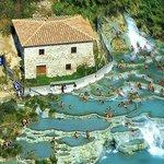 Hotel la FONTE del CERRO - cascate naturali - TERME di SATURNIA - ITALY