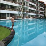 Pools up to rooms