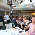 Ресторан всегда полный довольными посетителями
