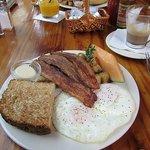 Vorzügliches Frühstücl
