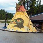 The teepee outside Sunwapta