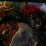 Salmon with white wine and mushroom sauce!!