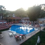 vento pool and bar