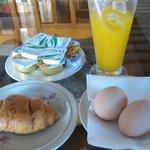 ホテルの朝食2