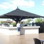 Un des bars de la piscine