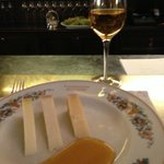 dessert: pecorino cheese, 3 ages, with chestnut honey and a glass of muffato