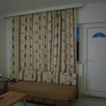 Living area, Room 12