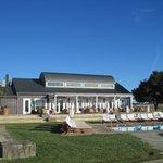 Hilltop Dining / pool