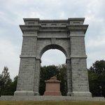 Memorial Arch of Tilton