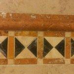 Nice tile detail in shower