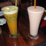 Passion juice & Le Wok shake