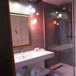 Salle de douche chambre #2