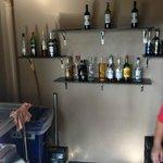 Infinity bar où le choix d boissons est loin d'être infini.