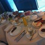Zimmerfrühstück - erstklassig
