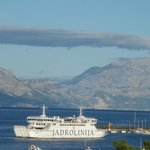 Ferry coming in to Super Tar from Split