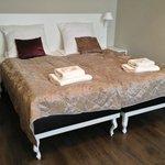 Room 203 - Bed