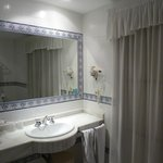 Bathroom room 50